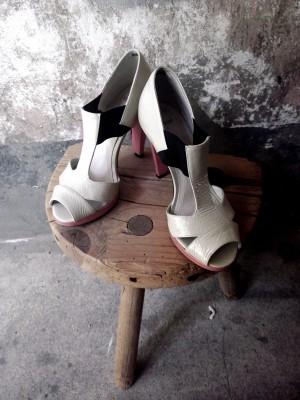 Allrounder-ob chic mit Kleid oder lässig zu Jeans- TopShop High Heel Gr.37
